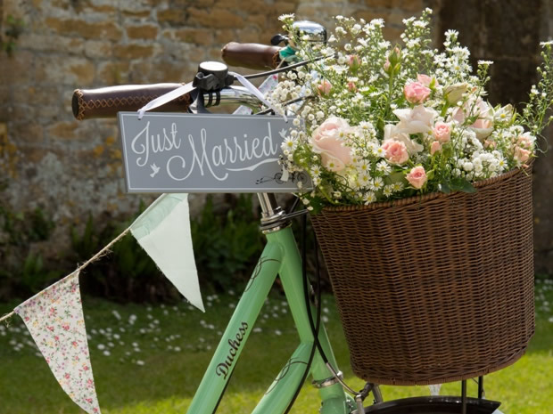 Real Wedding An English Country Garden Themed Party In Broadway