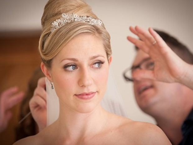 Learn How To Make The Clic Bridal Look With An Award Winning Stylist