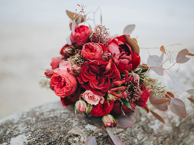 Create the perfect red wedding with some help from SoGlosWeddings.