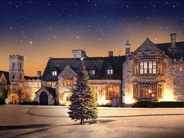 Ellenborough Park's late availability package gives couples the opportunity for gorgeous winter weddings.