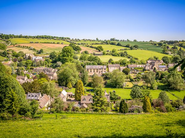 Discover where to tie the knot with a beautiful view in the Cotswolds.