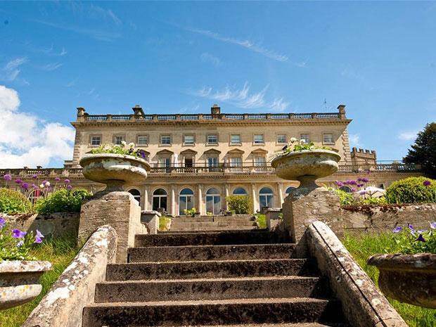 Discover 16 charming Cotswold wedding venues including the gorgeous Cowley Manor.