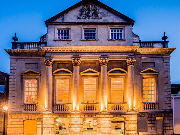 Bristol Old Vic provides a stunning backdrop for wedding celebrations.