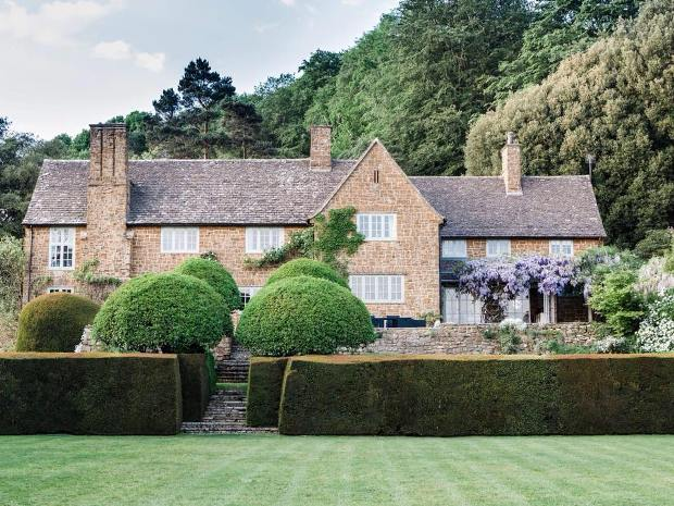 The venue offers exclusive hire for Cotswold weddings.
