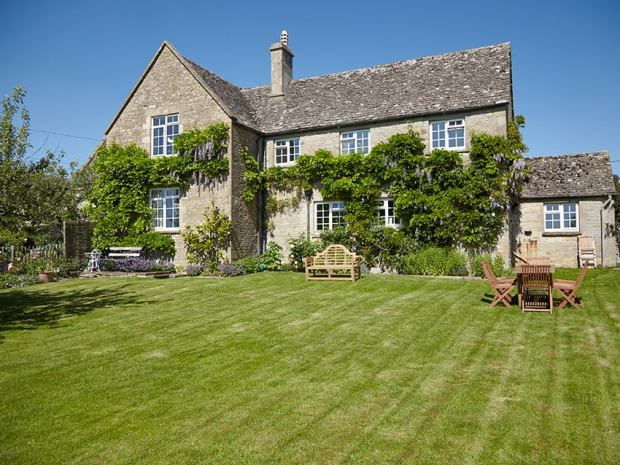 Guests at Merriscourt can look forward to a lovely Cotswold retreat.