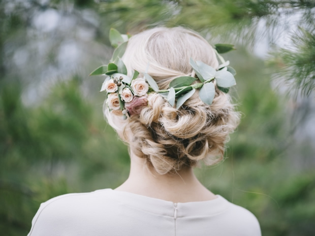 Pick up inspiring ideas for wearing flowers in your hair on your big day.