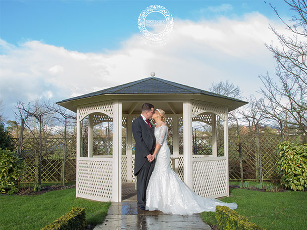 This Real Wedding at Warwick House is just beautiful! All images © Nikki Kirk Photography