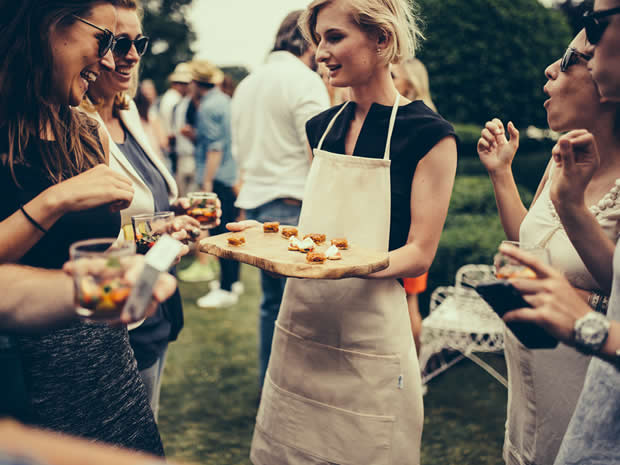 Ross and Ross offers bespoke catering options for weddings across Gloucestershire and beyond.