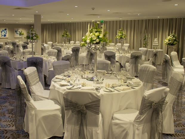 The elegant Lakeside Suite makes a lovely choice for hosting wedding breakfasts.