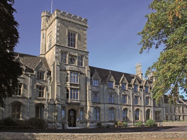 The Royal Agricultural University offers a stunning setting for wedding celebrations.