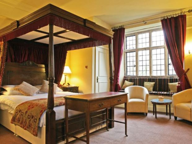Spend the night of the wedding in style in one of the hotel's impressive rooms.
