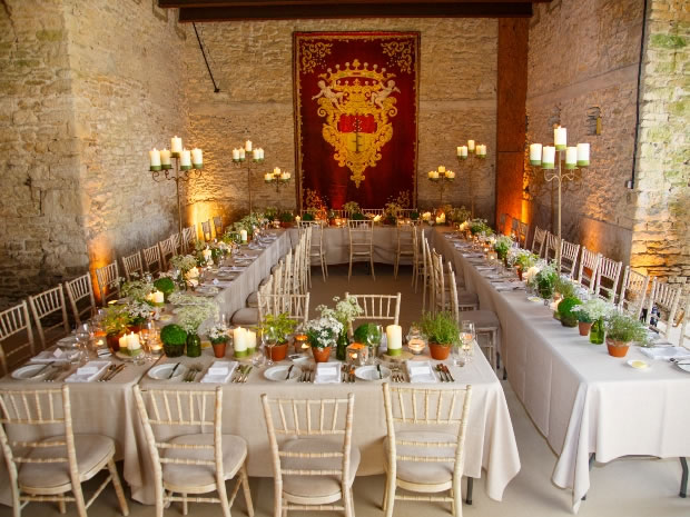 Julia adds her expert touch to weddings at an array of Cotswold venues.